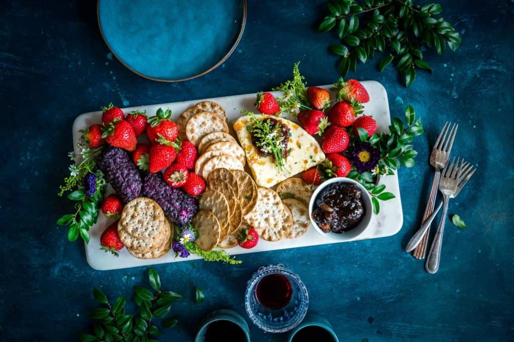 crackers and fruit
